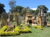 Barichara grave monuments